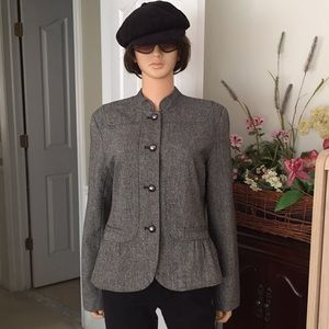 Apt 9 black & white peplum style blazer